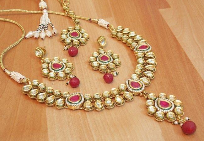 Latest Kundan Jewellery Designs & Trends for Asian Women 2016 (19)