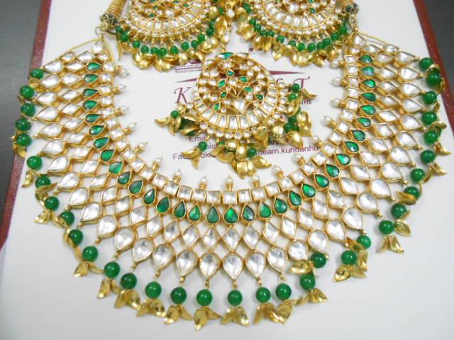 Latest Kundan Jewellery Designs & Trends for Asian Women 2016 (20)