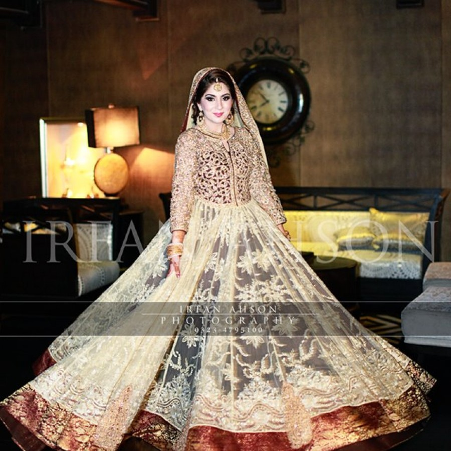 Latest Long Tail Wedding Maxis Dresses Collection 2016-2017 (20)