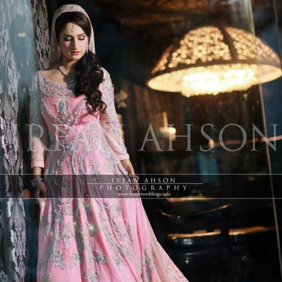 Latest Long Tail Wedding Maxis Dresses Collection 2016-2017 (23)