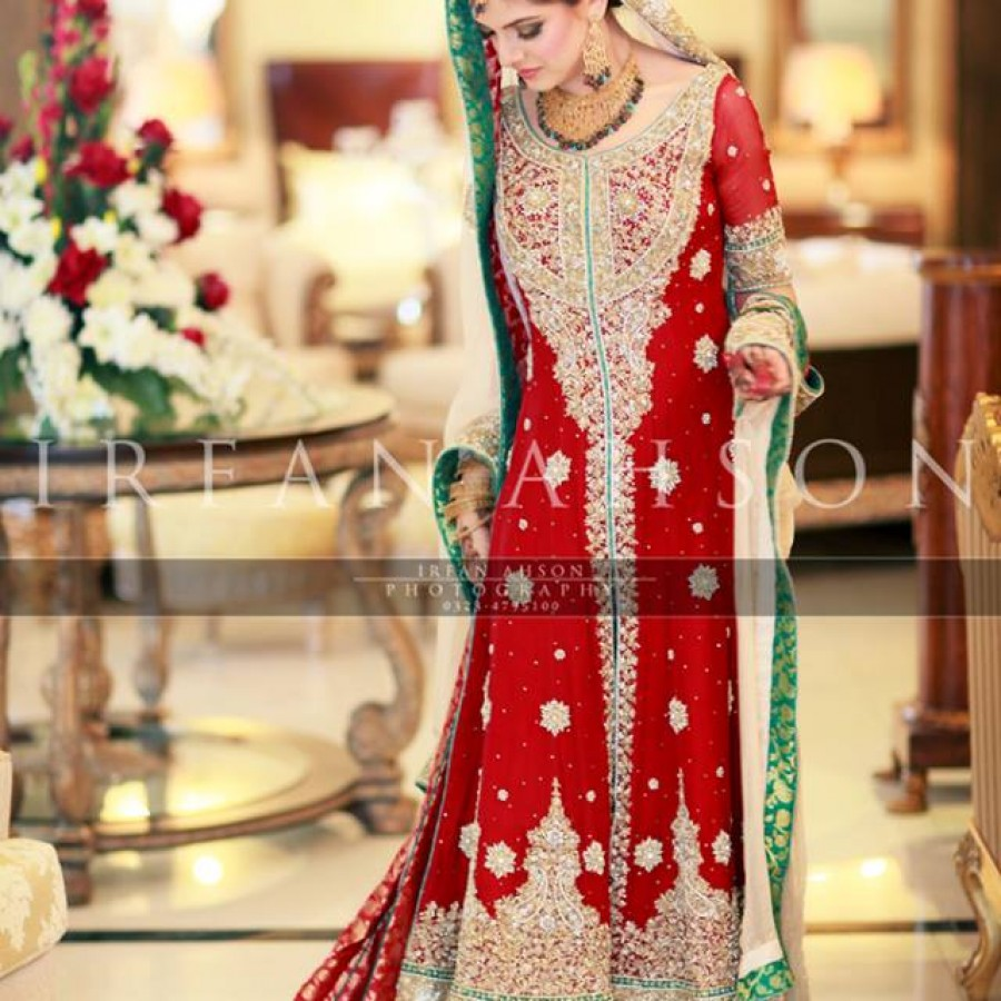 Latest Long Tail Wedding Maxis Dresses Collection 2016-2017 (28)