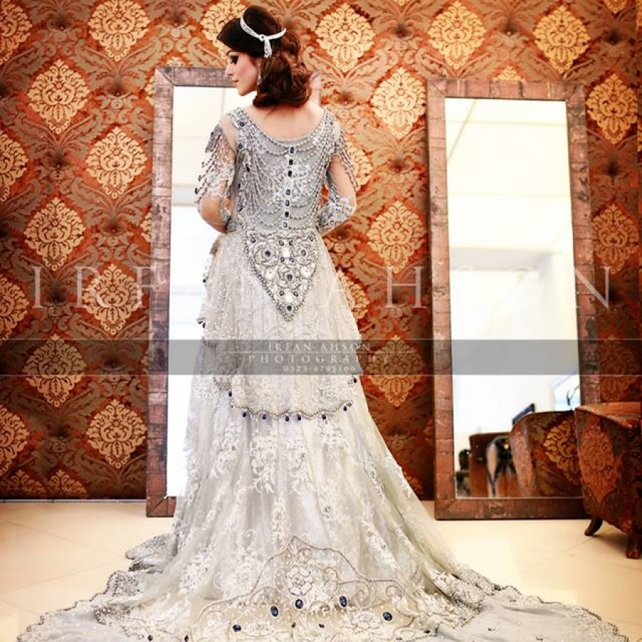 Latest Long Tail Wedding Maxis Dresses Collection 2016-2017 (35)