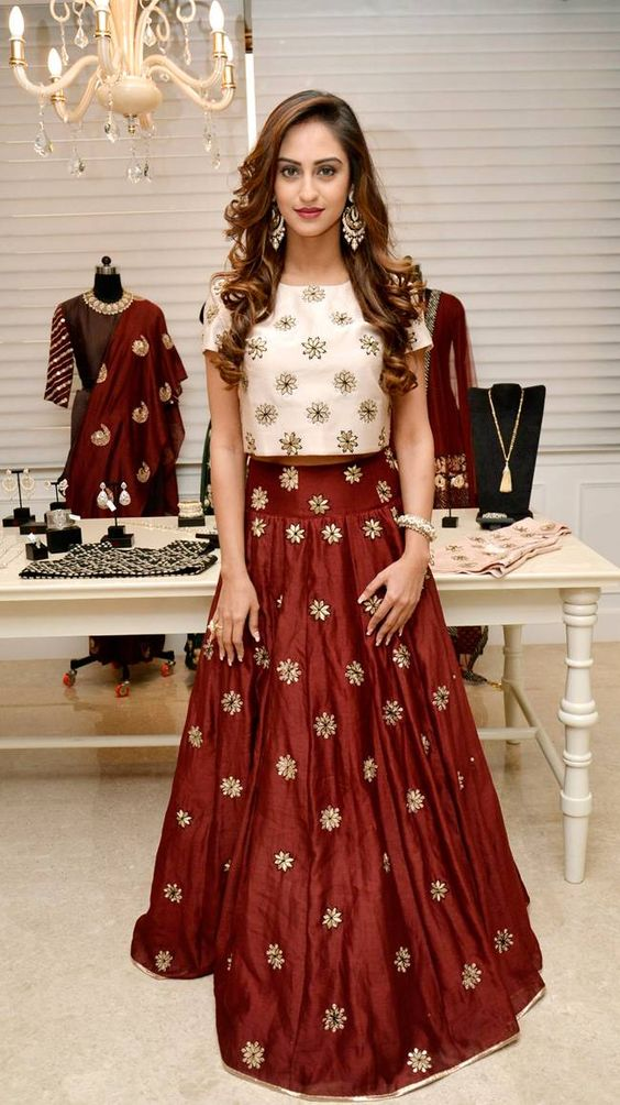 Party Wear & Wedding Wear Frocks Collection For Girls 2016-2017 (18)