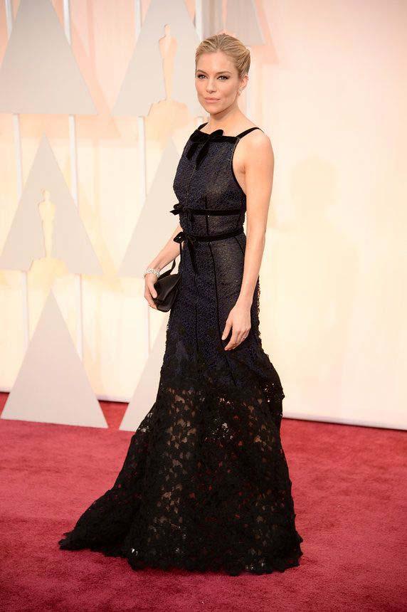Sienna Miller In Oscar De La Renta with Forevermark Diamond Earrings