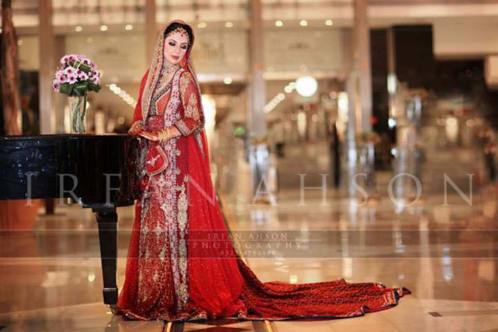 Bridal Wear Red Color Lehenga Designs Collection for Wedding Brides- Top 20 (2)
