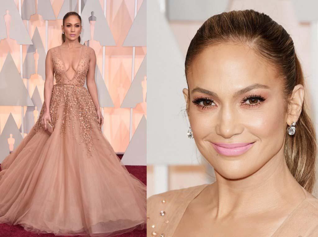 Jennifer Lopez in Elie Saab Haute Couture