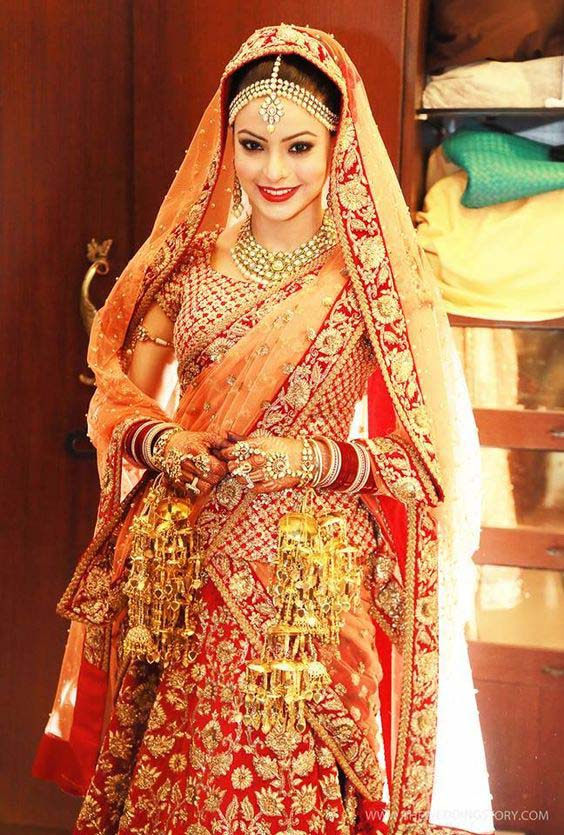 Latest Indian Designers Barat Dresses for Wedding Brides 2016-2017 (11)