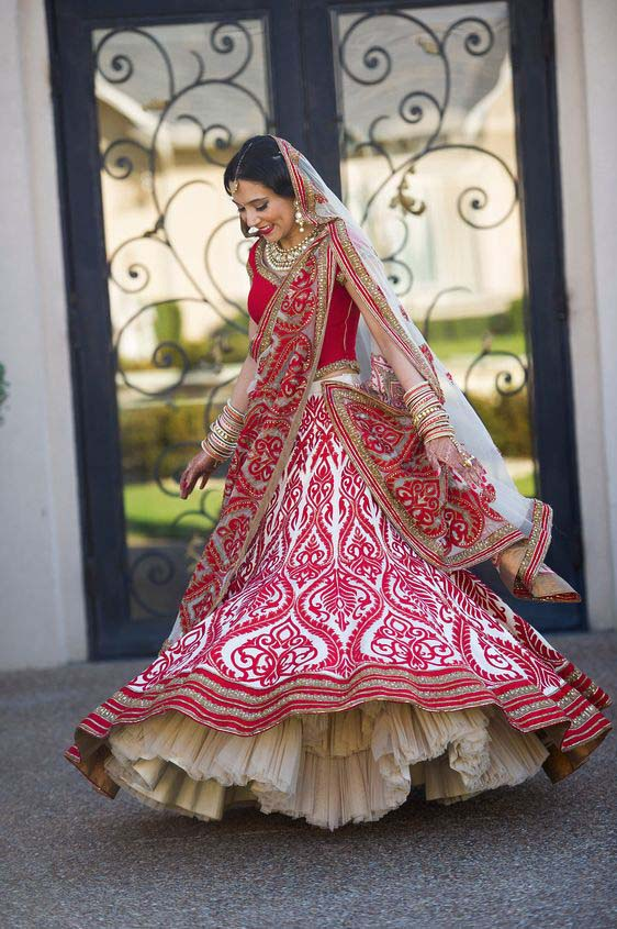 Latest Indian Designers Barat Dresses for Wedding Brides 2016-2017 (15)