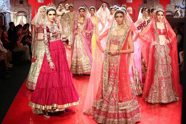 Latest Indian Designers Barat Dresses for Wedding Brides 2016-2017 (21)