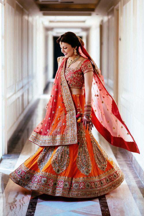 Latest Indian Designers Barat Dresses for Wedding Brides 2016-2017 (32)