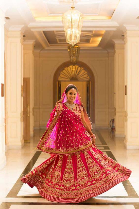 Latest Indian Designers Barat Dresses for Wedding Brides 2016-2017 (4)