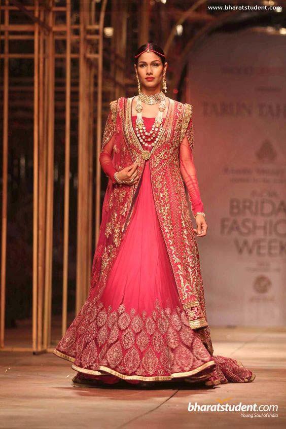 Latest Indian Designers Barat Dresses for Wedding Brides 2016-2017 (44)