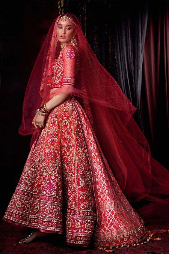 Latest Indian Designers Barat Dresses for Wedding Brides 2016-2017 (9)