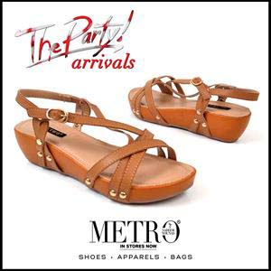Metro Shoes Stylish Summer Footwear, Clutches and Bags Collection 2016-2017 (2)