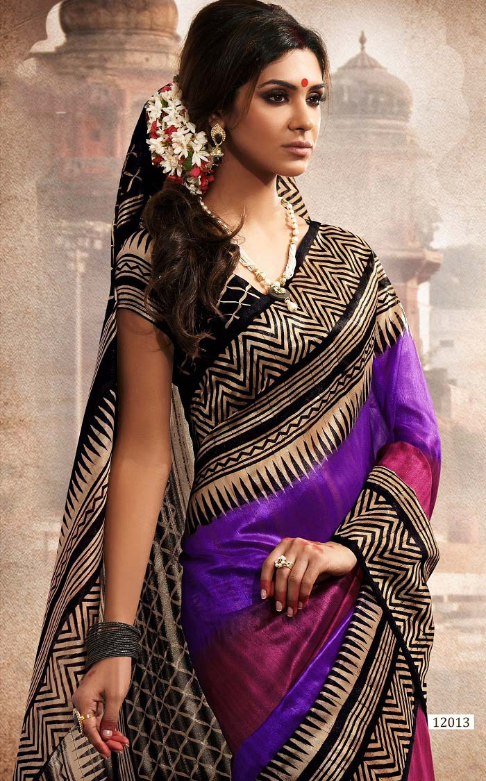 Pakistani & Indian Designers Party Wear Sarees Collection 2016-2107 (3)
