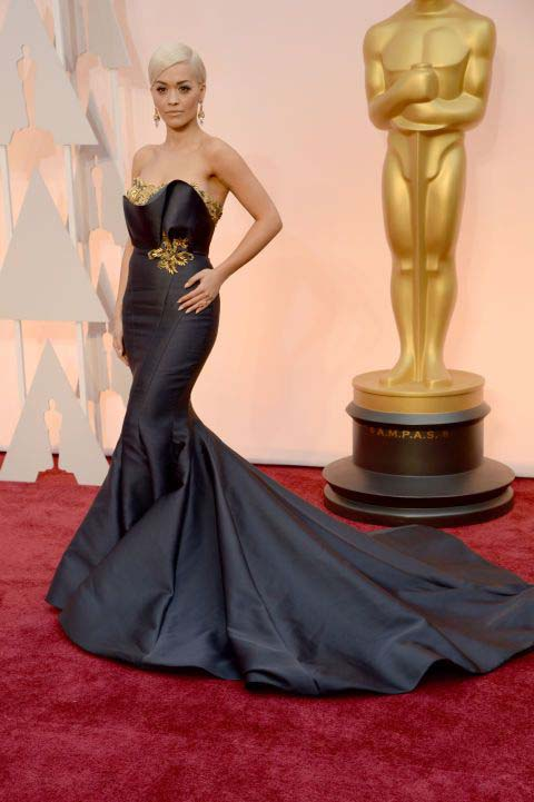 Rita Ora Wearing Marchesa (1)