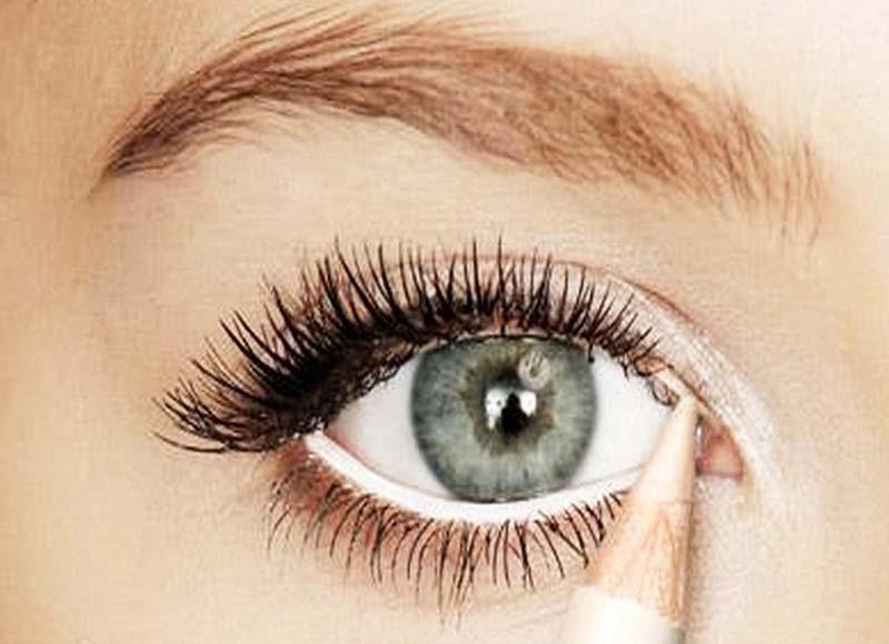 Apply White Eye Line (2)