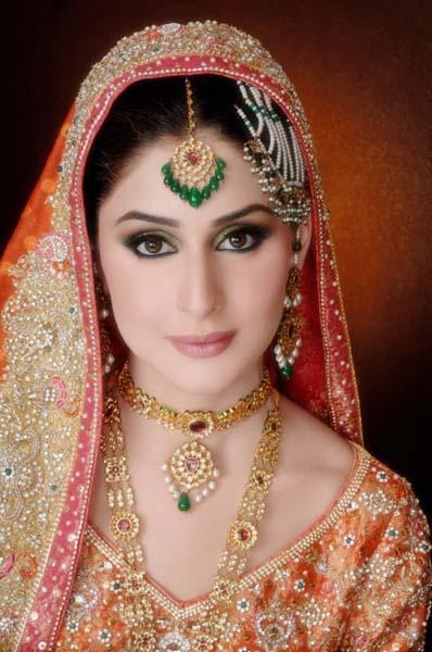 Pakistani Best Bridal Makeup Tutorial- Step by Step (10)