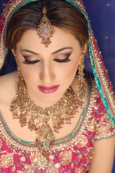 Pakistani Best Bridal Makeup Tutorial- Step by Step (13)