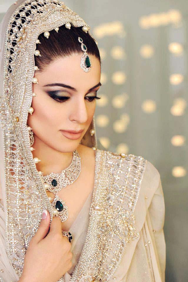 Pakistani Best Bridal Makeup Tutorial- Step by Step (14)