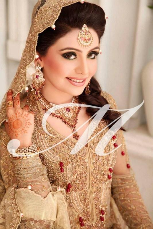 Pakistani Best Bridal Makeup Tutorial- Step by Step (19)