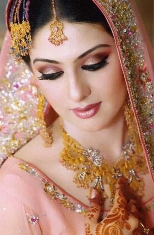 Pakistani Best Bridal Makeup Tutorial- Step by Step (2)