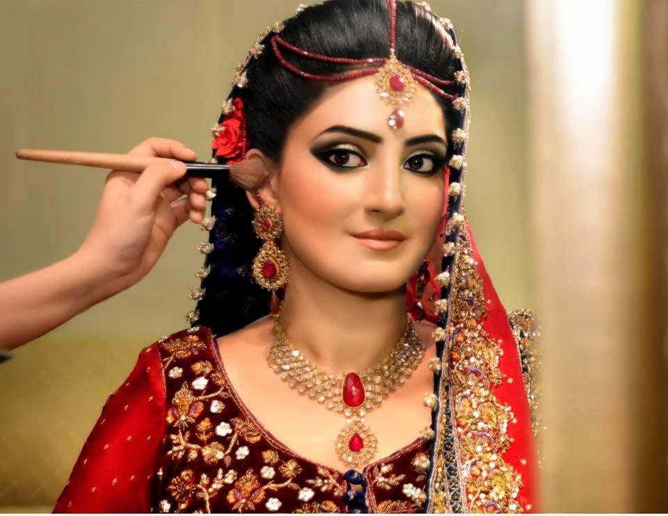 Pakistani Best Bridal Makeup Tutorial- Step by Step (28)