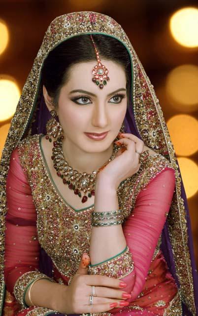 Pakistani Best Bridal Makeup Tutorial- Step by Step (9)