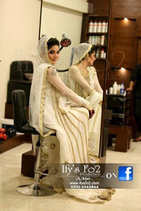 Stylish Walima Dresses For Wedding Pakistani Brides 2016-2017 (13)