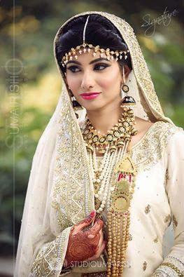 Stylish Walima Dresses For Wedding Pakistani Brides 2016-2017 (28)