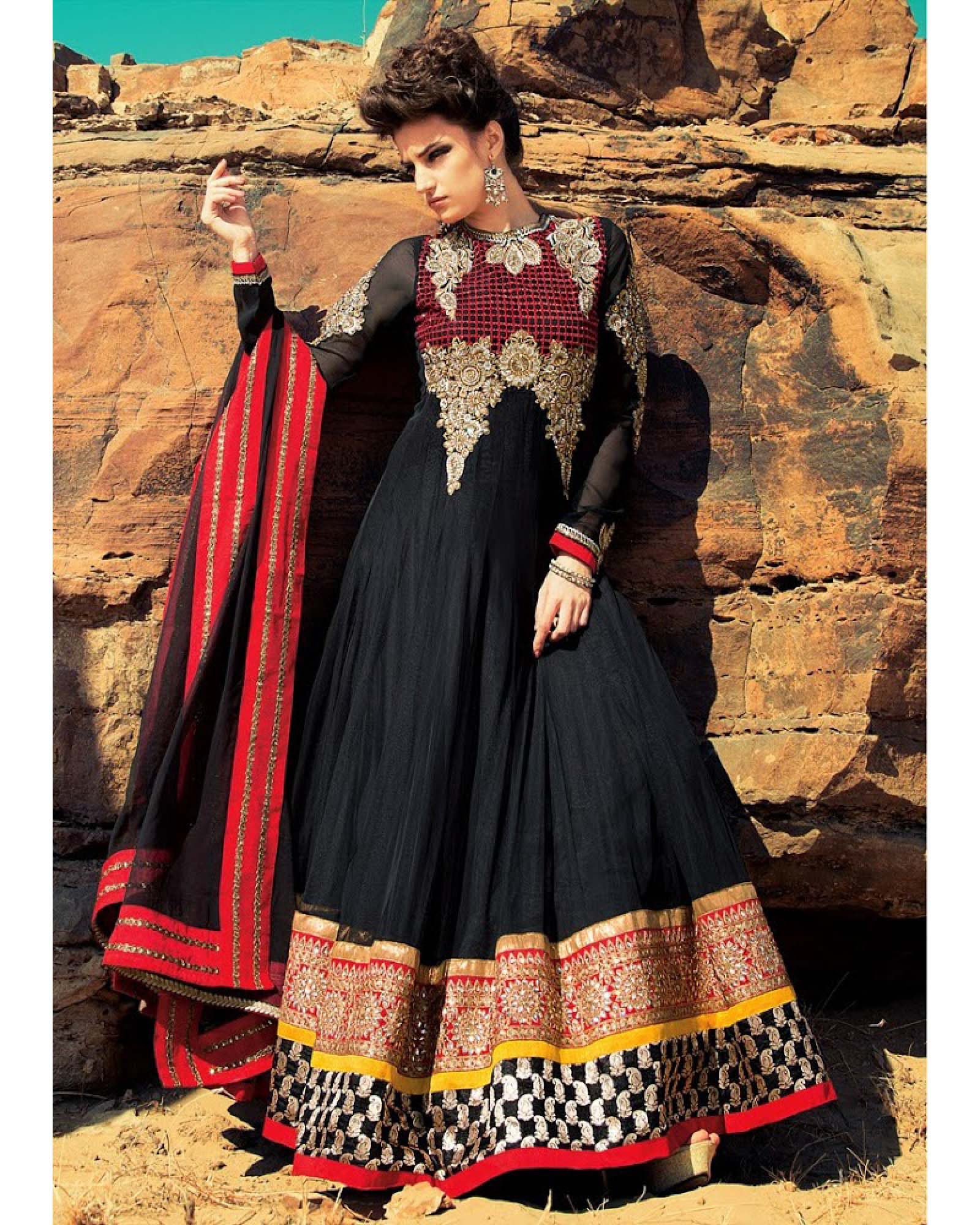 Floor Length Anarkali Frocks & Suits Collection 2016-2107 (8)