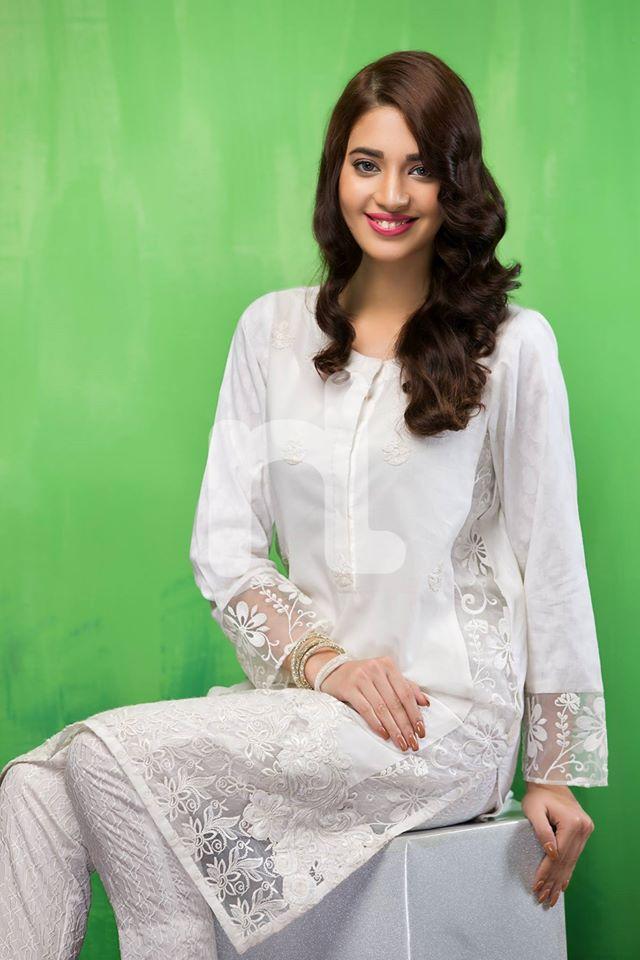 NL Pret Eid Collection '16 Bright Whites (2)