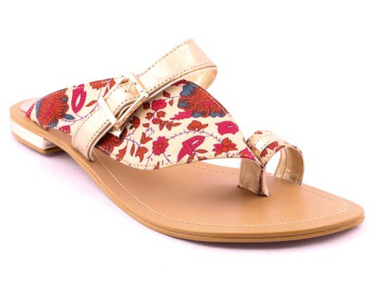 Stylo Shoes Stylish and Fancy Eid Collection for Girls 2016-2017 (23)