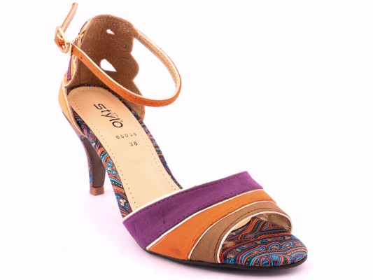 Stylo Shoes Stylish and Fancy Eid Collection for Girls 2016-2017 (26)