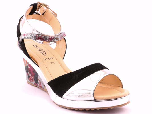 Stylo Shoes Stylish and Fancy Eid Collection for Girls 2016-2017 (7)
