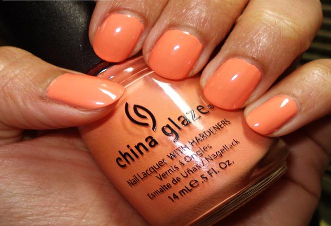 Peach Color Nail Art