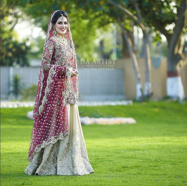 Beautiful Bridal Barat Dresses Designs Collection 2016-2017 for Wedding Brides (1)