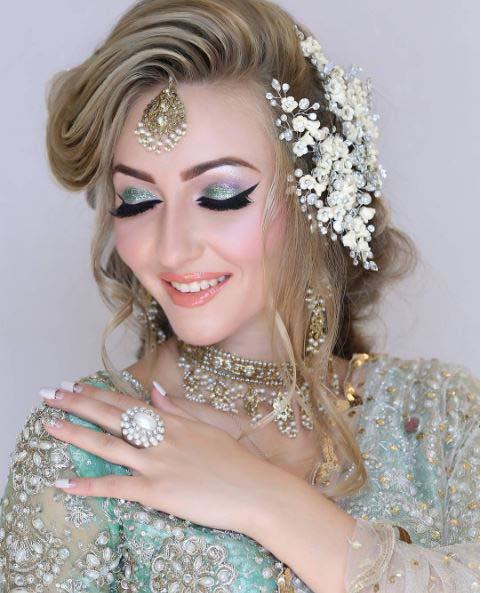 Beautiful Bridal Barat Dresses Designs Collection 2016-2017 for Wedding Brides (11)