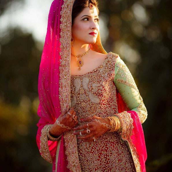 Beautiful Bridal Barat Dresses Designs Collection 2016-2017 for Wedding Brides (14)