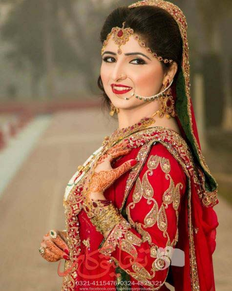 Beautiful Bridal Barat Dresses Designs Collection 2016-2017 for Wedding Brides (28)