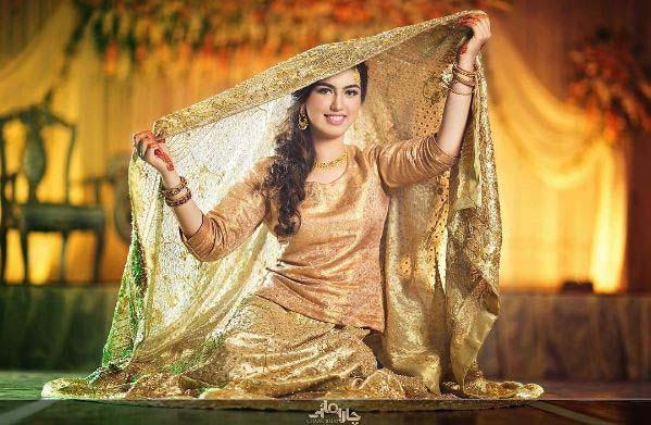 Beautiful Bridal Barat Dresses Designs Collection 2016-2017 for Wedding Brides (4)