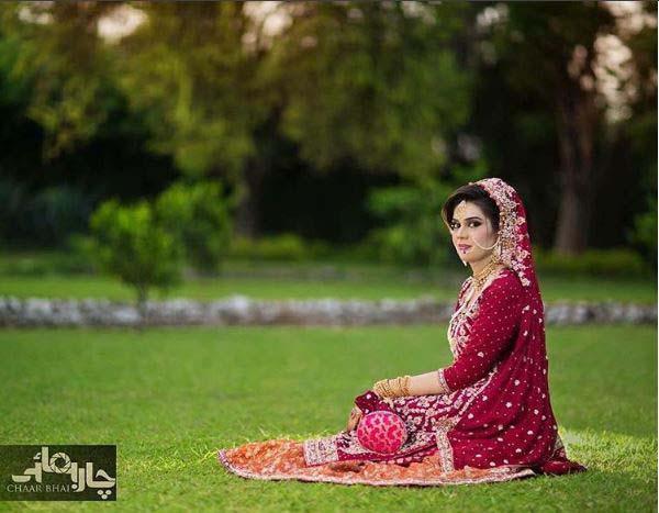 Beautiful Bridal Barat Dresses Designs Collection 2016-2017 for Wedding Brides (8)