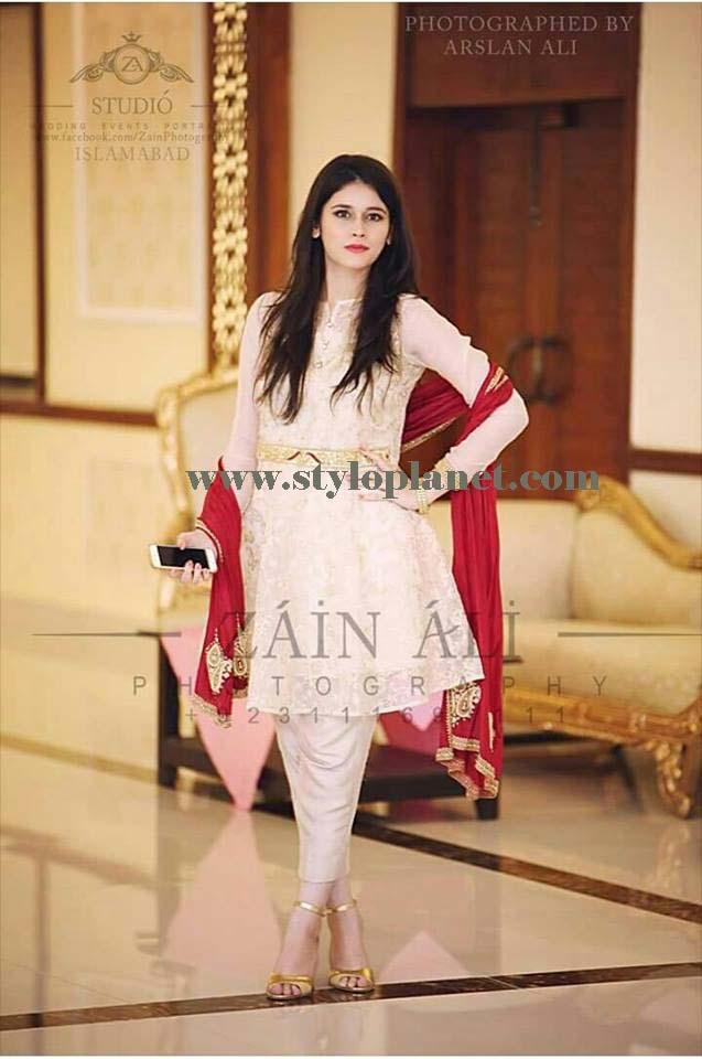 latest-fashion-of-pakistani-and-indian-frocks-2016-2017-designs-31