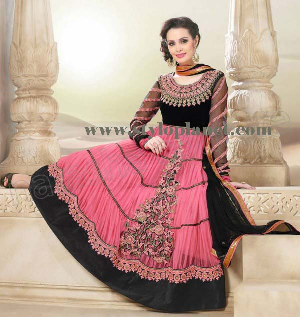 latest-fashion-of-pakistani-and-indian-frocks-2016-2017-designs-9