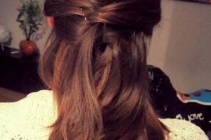 beautiful-christmas-hairstyl-ideas-and-trends-for-new-years-eve-haistyles-12