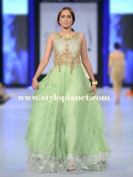 hsy-new-bridal-lehhenga-and-maxi-dresses-collection-2016-2017-18