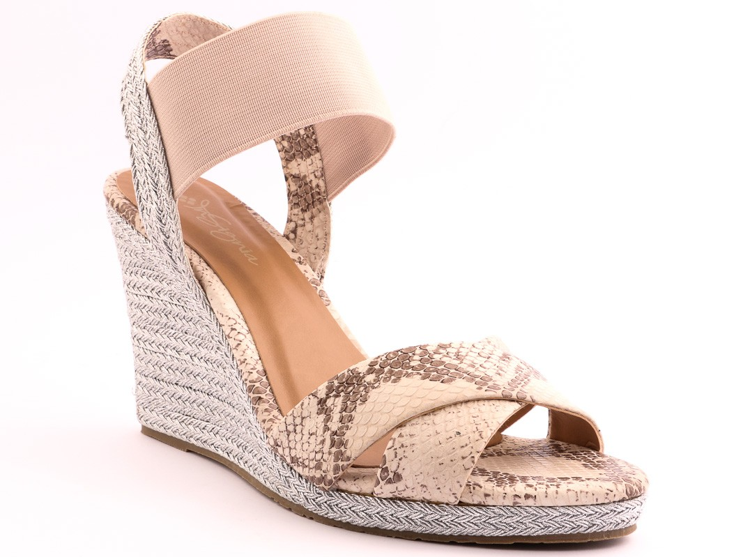 isignia-party-wedding-wear-wedges-and-heels-collection-2016-2017-27