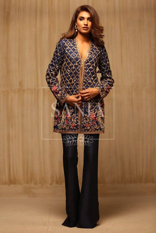 embroidered-velvet-coat