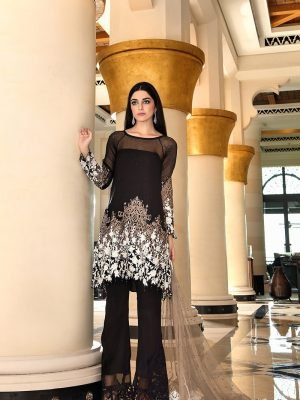 stylish-pakistani-designers-dresses-with-bell-bottom-pantstrousers-2017-4