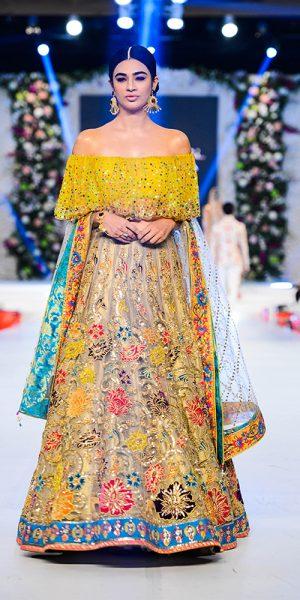 Top 10 Popular Pakistani Designers Bridal Dresses Collection 2017 (1)